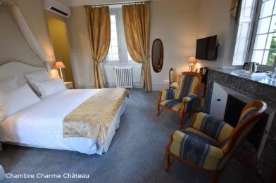 Chambre Château de Monrecour Dordogne Périgord mariage castellum traiteur château lieu réception chambre