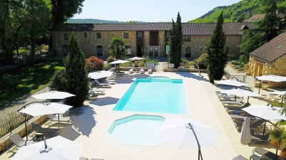 Château de Monrecour Dordogne Périgord mariage castellum traiteur château lieu réception piscine