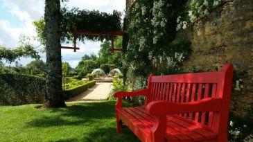 Mariage Eyrignac dordogne Périgord casttelum traiteur dordogne jardin lieu de réception